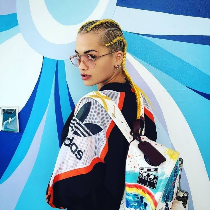 Rita Oro looking fierce in her #MarcJacobs backpack. On sale now on italist.com. The perfect pick up to start your week!