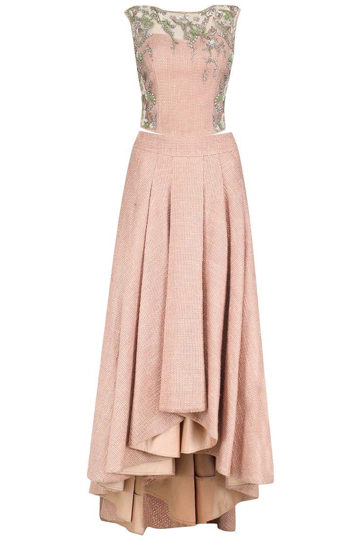 MANSI MALHOTRA Mocha pink tweed skirt and embroidered corset set available only at Pernia's Pop Up Shop. #mansimalhotra #perniaspopupshop #happyshopping #shopnow #tweed #embroidery #corset #indiandesigner #ethnic #festive