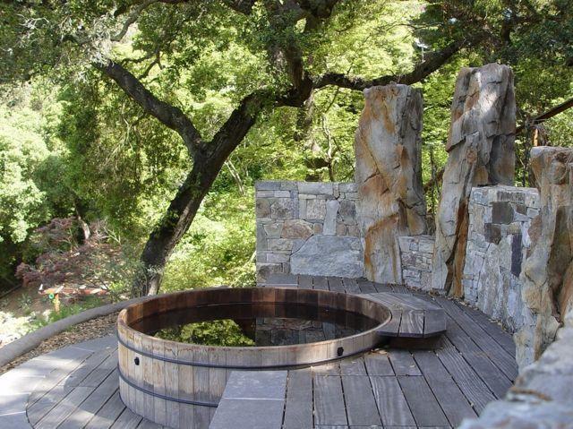Steinterrasse Badefass Baumgarten Design Tonne Bad Design Garten Sta Bad Hot Tub Outdoor Hot Tub Garden Hot Tub Landscaping