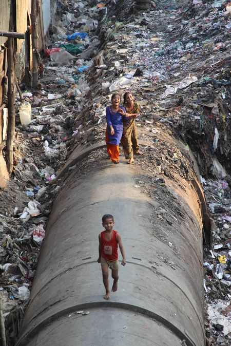 Children of Dharavi Slums Photo by Lisa M. Brighton ...