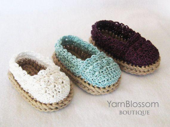 PATRÓN de ganchillo bebé niña alpargata por YarnBlossomBoutique