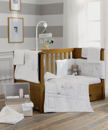 Mothercare Classic Winnie the Pooh Bedding Collection- How adorable!  #Bedding #Nursery #WinnieThePooh