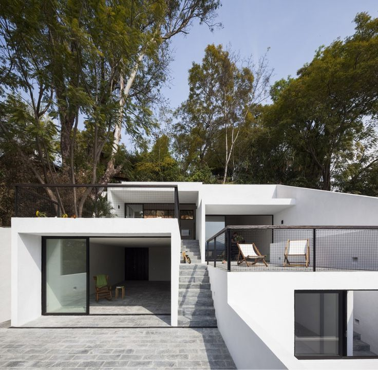 """House of Stairs / Dellekamp Architecture  """"Hi Cube"""" """"Freight box"""" """"re-purposed"""" """"Cargo"""" """"Steel crate"""" """" low foot print"""" """"recycle""""  """"Container Home"""" """"IN THE BOX"""" """"Green Home"""""""