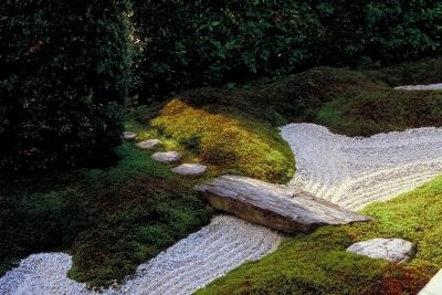 Raked aggregate simulates flowing water.