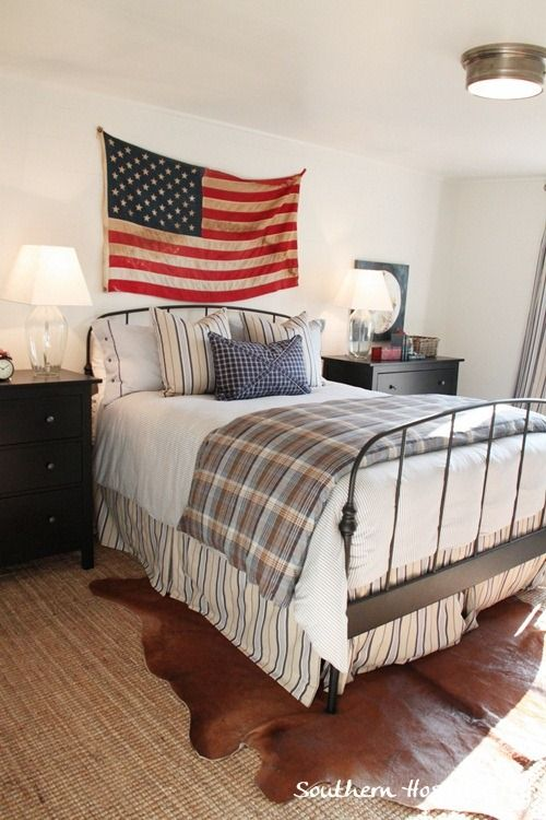 Southern Hospitality  Love the simple bedding with the USA Flag