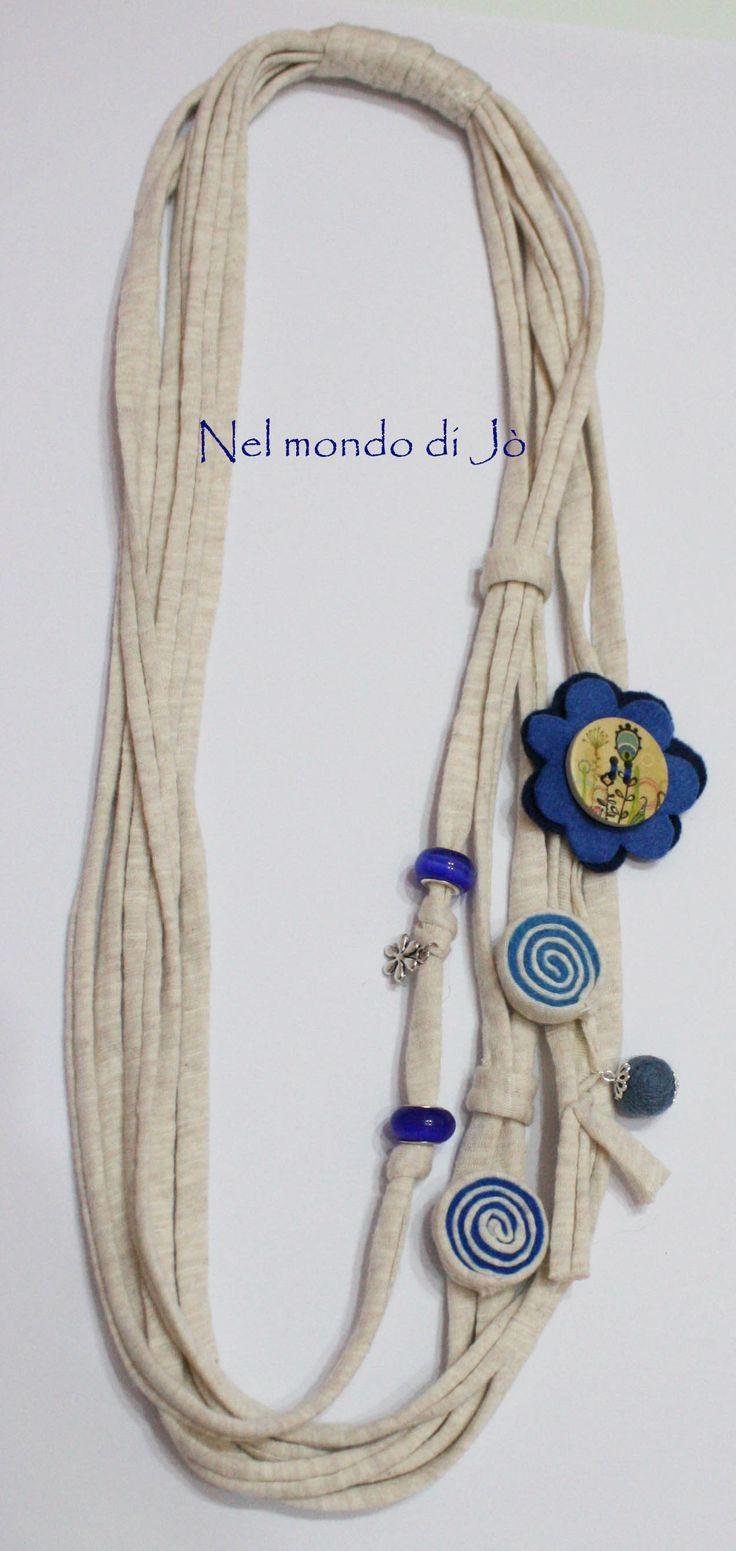 collana fettuccia crema-blu