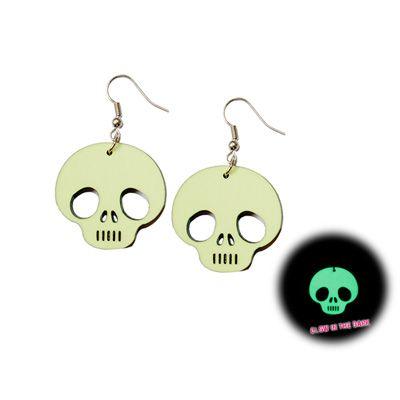 Alien skull Glow in the Dark earrings- Emo horror Halloween www.attitudeholland.nl