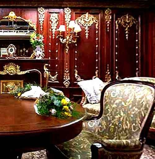 First class stateroom reproduction for Titanic the movie: 1912 Titanic, House Someday, Titanic Britannia Olympics, Movie James, Rms Titanic, Movie D, Titanic Movie, Titanic Dinners, Titanic Disasters