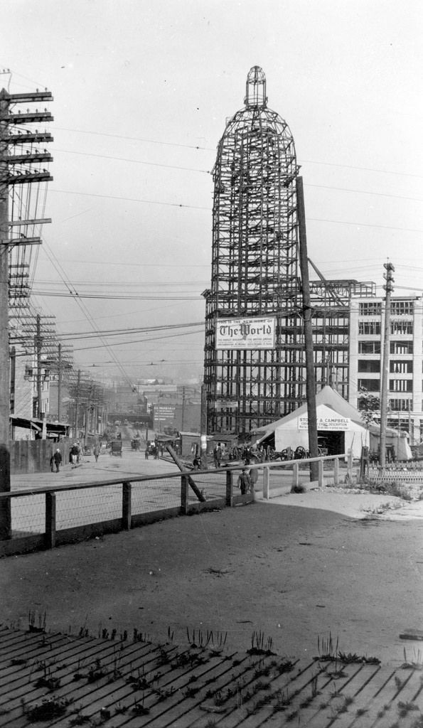 The frame of the World (Sun) Tower under construction 1911