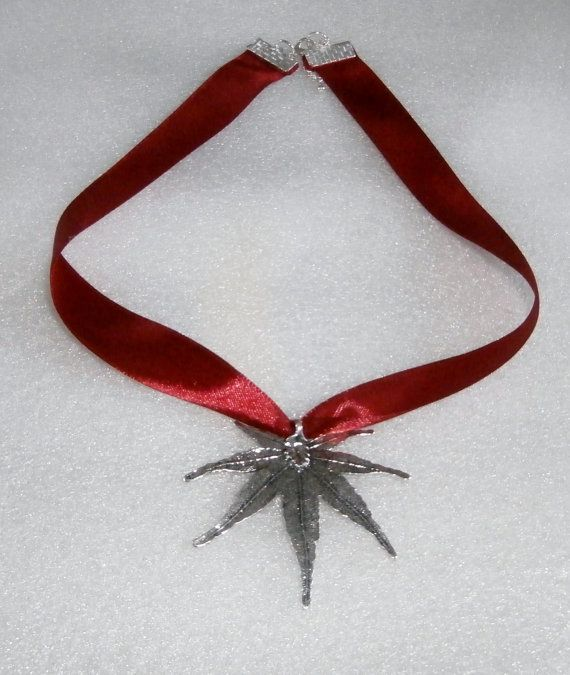 Ribbon Leaf Pendant Necklace by WearMyJewellery on Etsy, £8.00
