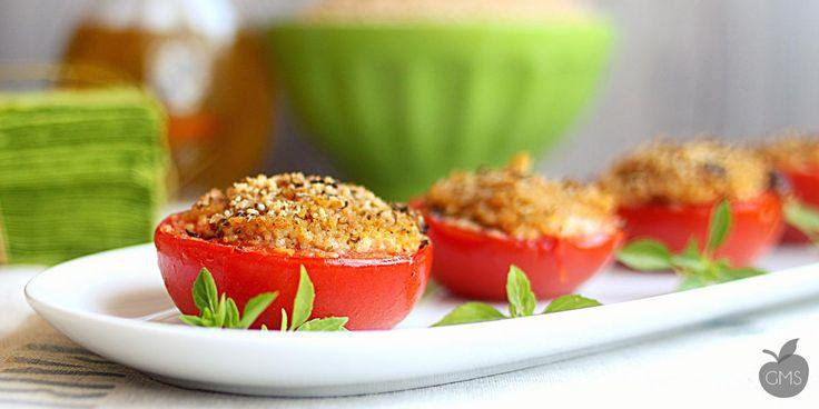 pomodori ripieni buoni, anzi buonissimi... ve li presentiamo con un ottimo cous cous di farro integrale, da leccarsi i baffi! Prepararli è semplicissimo...