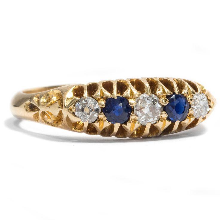 Klassische Kombination - Antiker Gold-Ring mit Saphiren & Diamanten, England, datiert 1908 #hoferantikschmuck #antik #schmuck #antique #jewellery #jewelry