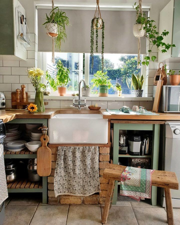 How To Update A Small Kitchen Decoholic Interior Design Kitchen Small Country Style Kitchen Kitchen Interior
