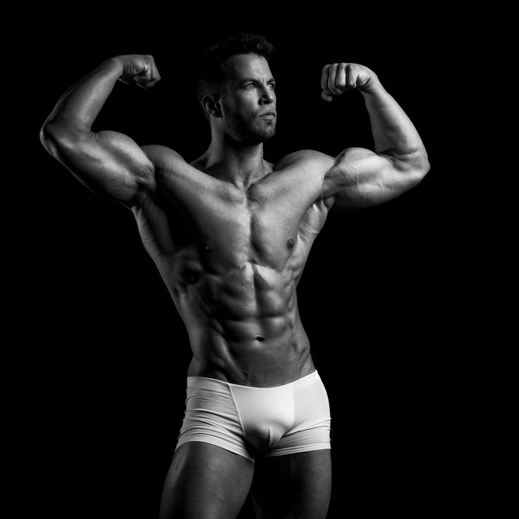 Innesto video scoprirai le 4 principali fasi dell'allenamento con i pesi. Assicurati di eseguirle tutte per risultati spettacolari.