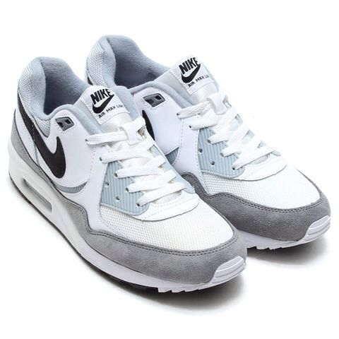 Nike am light