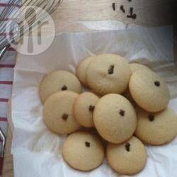 Ghorayebah (Butterkekse für das Fest des Fastenbrechens) - Das sind traditionelle Kekse aus dem Sudan, die während des Fests des Fastenbrechens (ʿĪd al-Fitr) gegessen werden.@ de.allrecipes.com