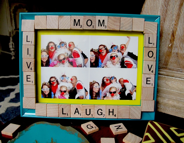 Scrabble Piece picture frame! #Mother's Day Gift #DIY