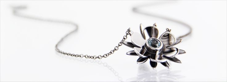 BLACK BEAUTY* handmade necklace in oxidized silver, faceted topaz