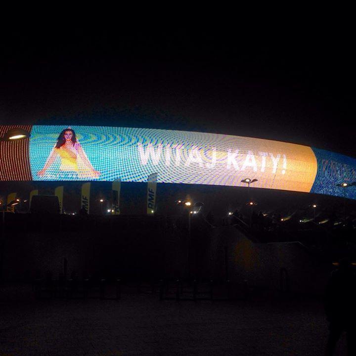 Koncert Katy Perry w ramach trasy The Pismatic Tour w Krakowie x surfblog.pl  #katyperry #roar #theprism #prismatictour #tour #prismatic #kraków #cracow #poland #surfblog #surfblog.pl #surf #blog #surfblog.pl