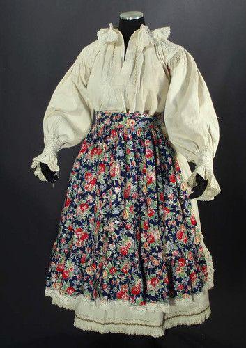ANTIQUE Romanian linen folk costume embroidered blouse skirt apron