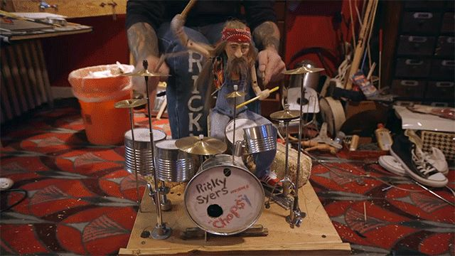 Laughed pretty hard when I saw this. This guy is a better drummer than Animal.  Ricky Syers, marionetter/drummer