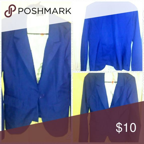 Blue one-button blazer Brand new royal blue one button Blazer never been worn if you have any questions please comment below:) New Look Jackets & Coats Blazers