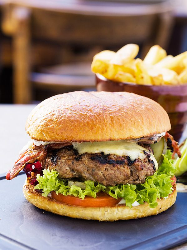 Tax Day Freebies 2015: Get Free Burgers, Cookies & More on April 15