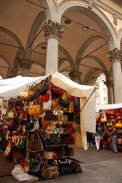 Market in Florence. Looks like it will be a good place to pick up the bag we plan to check with all our wine in it!