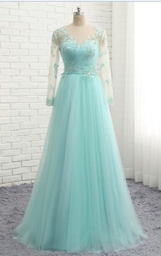 Peppermint green evening dress, long-sleeved tulle, lace gown