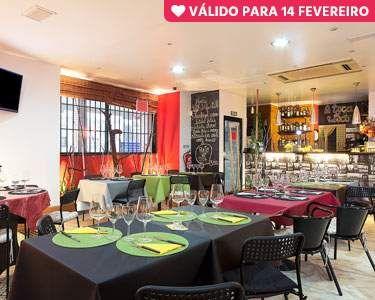 Celebre a Paixão! Jantar Romântico à Beira-Mar na Caparica | Os Loucos