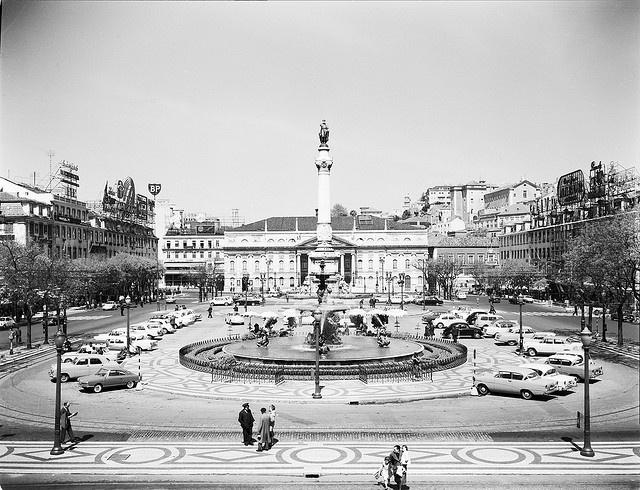 Rossio, Lisboa, Portugal by Biblioteca de Arte-Fundação Calouste Gulbenkian, via Flickr