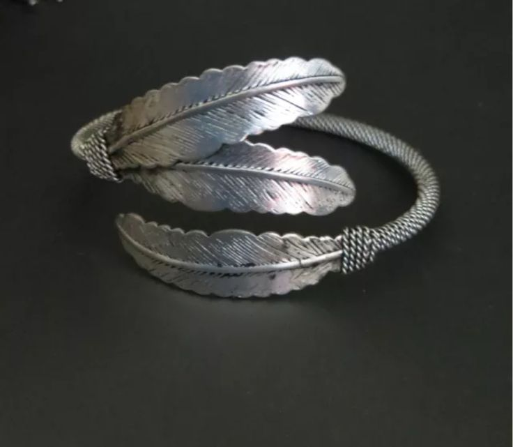 Cowgirl Bling Tribal 3 FEATHER Bracelet CUFF Silver Gypsy western Adjustable