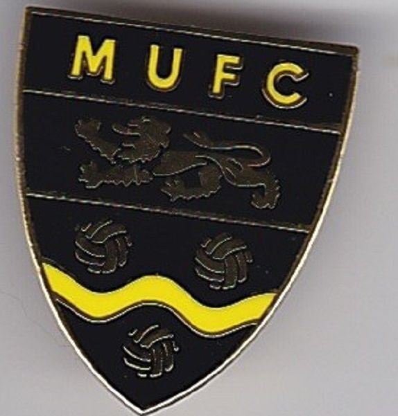 MAIDSTONE UNITED MUFC KENT NON LEAGUE SHIELD FOOTBALL BADGE