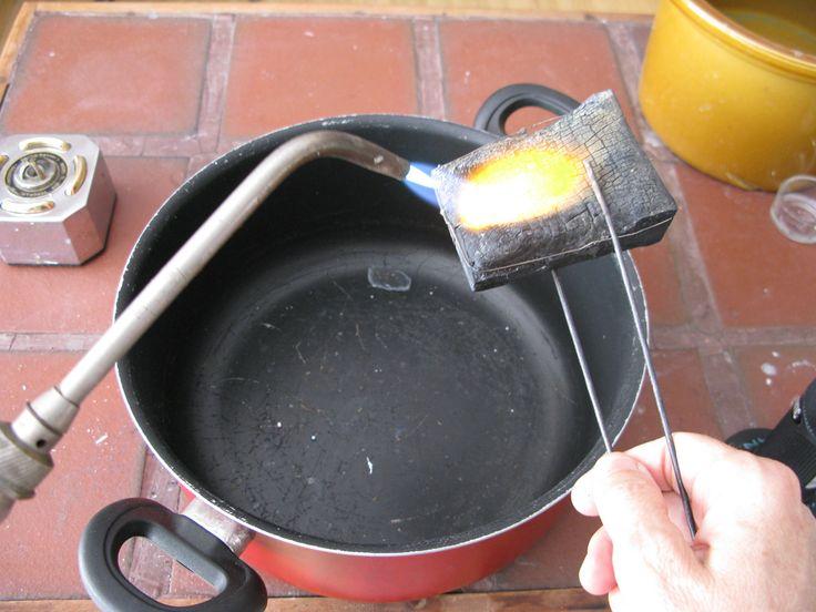 A good blog explaining the technique of granulating fine silver.
