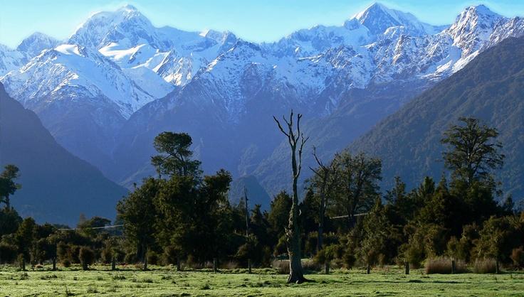 Monts Cook (3755m) et Tasman (3498m)