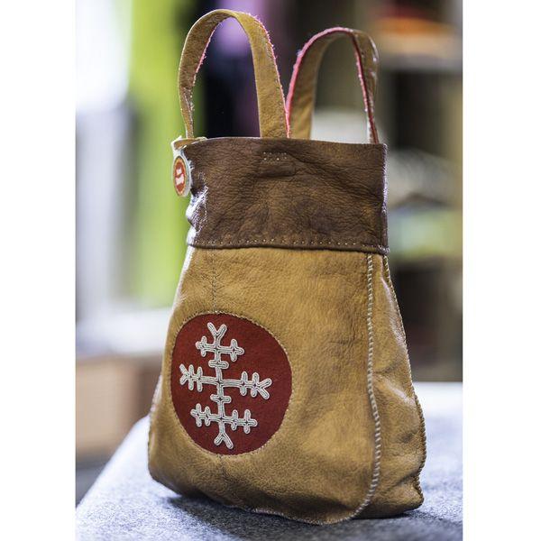 Handväska i renskinn och tenntråd