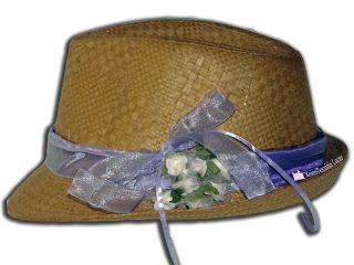 Ψάθινο καπέλο στολισμένο με λουλούδια και κορδέλες Χειροτεχνημα - Handmade
