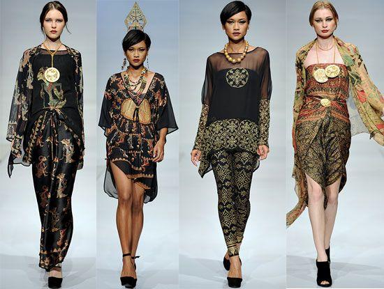 Runway by the Indonesian designer Ghea Panggabean : elegant, feminine yet contemporary #indonesia #fashion       #batik #wayang  Love this *o*