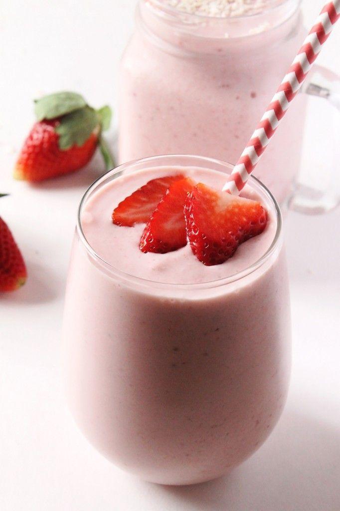 Strawberry Piña Colada Smoothie | Natural Chow