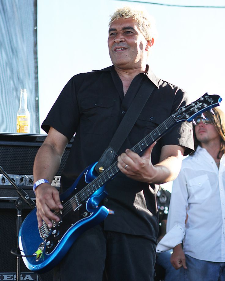 https://flic.kr/p/5f7bPd | The Germs - Pat Smear | The Warped Tour Home Depot Center Carson, CA August 17, 2008