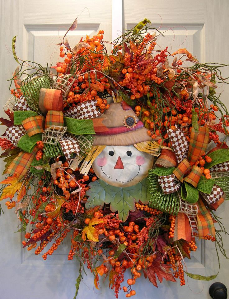 Berried Scarecrow Double Bow Wreath