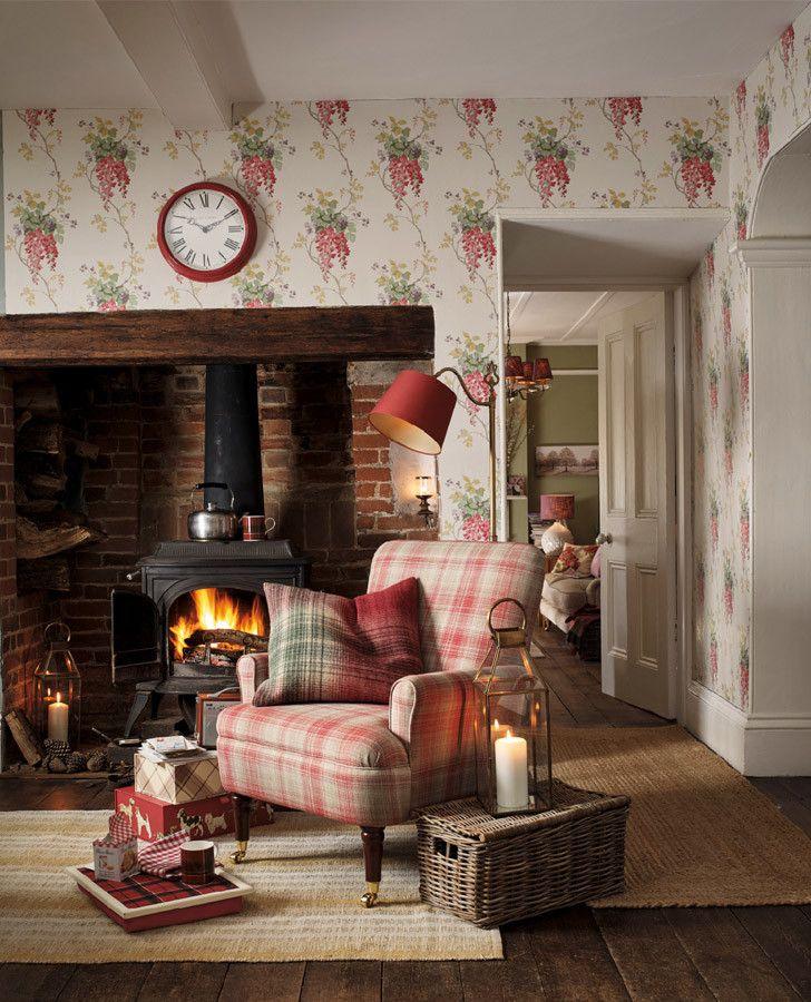 23 Floral Wallpaper Designs Decor Ideas: Wisteria Cranberry Floral Wallpaper