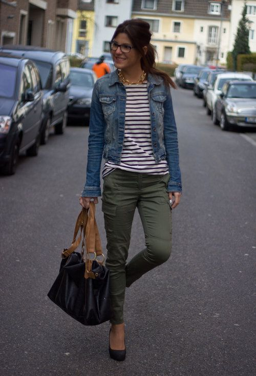 Love the olive pants and striped shirt with jean jacket.