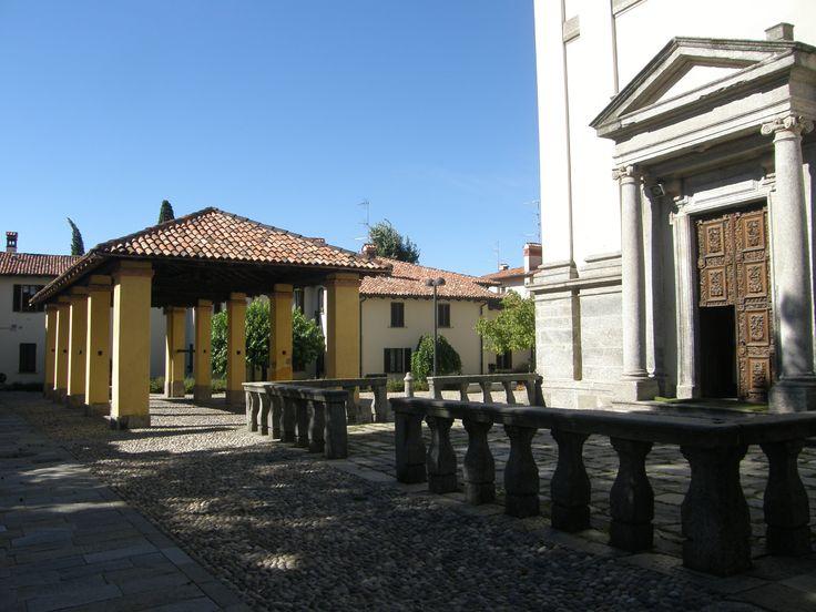 Chiesa di S.ta Maria alla noce e mercato dei bozzoli.