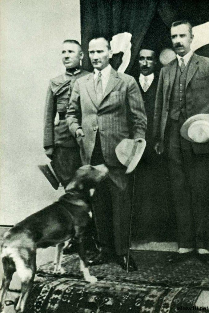 Mustafa Kemal ATATÜRK ve Fox--Orhan GENEL
