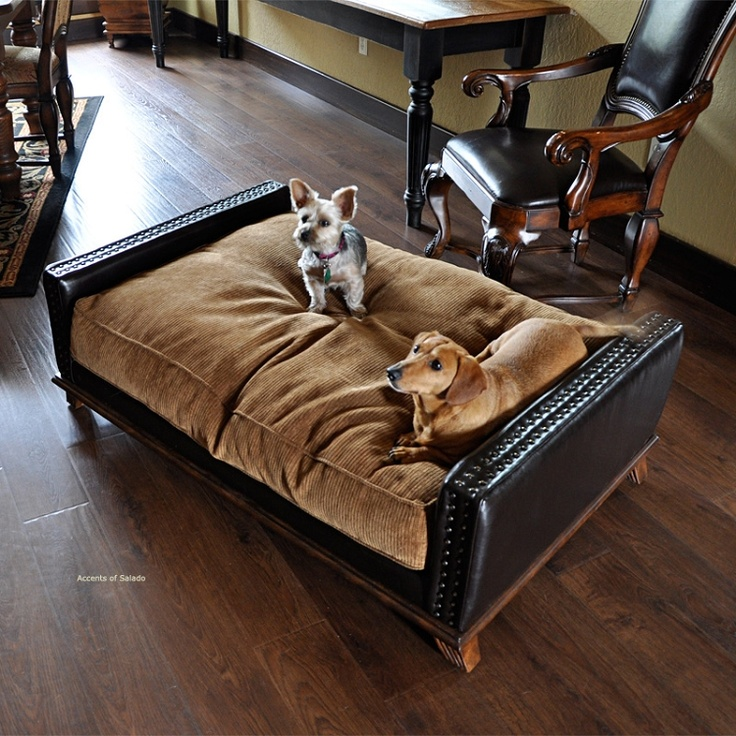 Can't leave the dogs out! Mediterranean Style Pet Bed I hope they make them in extra large!