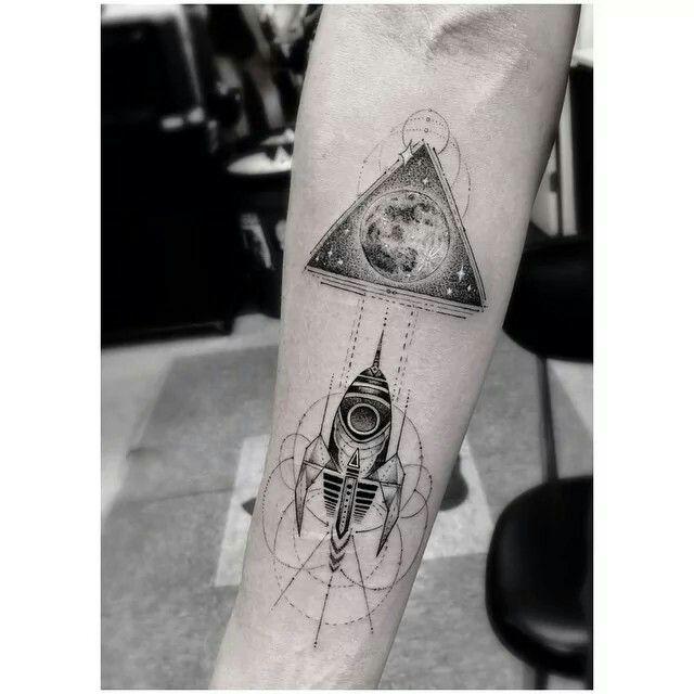 Rocket Ship by Dr. Woo