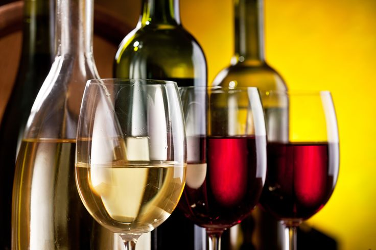 It's National Drink Wine Day here on Delmarva, which means we are rounding up a few of our favorite restaurants for sipping on a glass (or bottle) of wine. #wine #winebars #ocmd