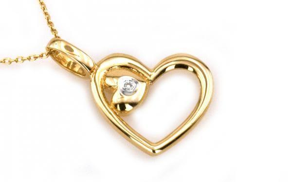 """Diamantový prívesok ,,In your heart"""" v žltom 14 karátovom zlate"""