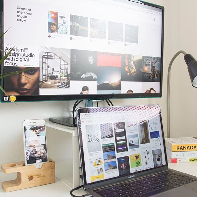 """@alesnesetril wrote about Savee (savee.it) few days ago. I tried it immediately and I  it! It's very similar to Pinterest with few enhancements like custom order of the """"pins"""" etc. - Thanks man great recommendation!  - - - #office #homeoffice #app #samsung #apple #macbookpro #designyourworkspace #workspace #moodboard #isetup #thecreativix #becreatives #minimalsetups #books #iphone #ux #uxdesigner #uidesigner #designer #brno"""